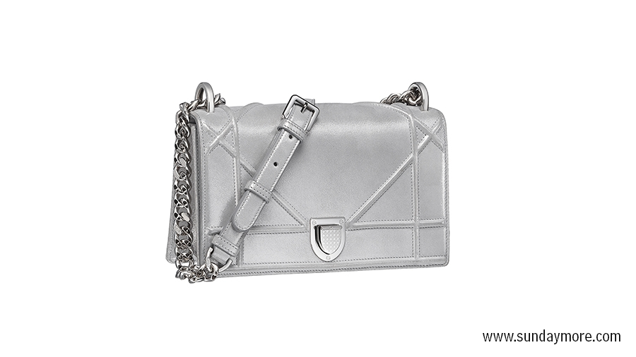 Dior_small Diorama bag, price