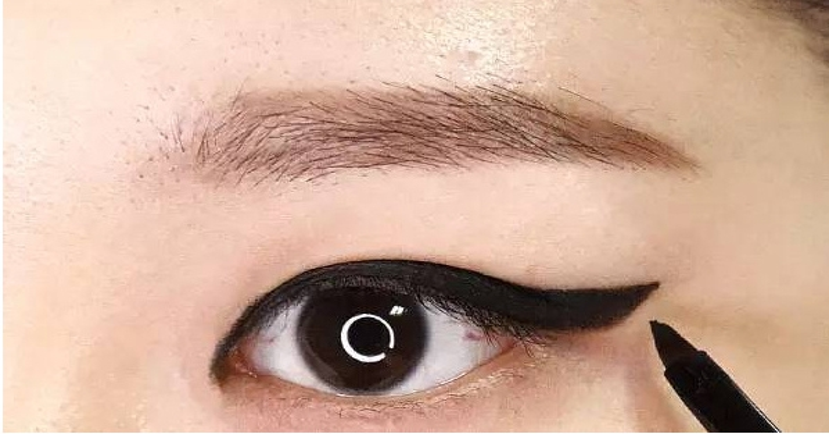 Eyeline06