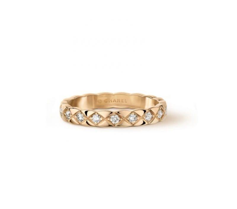 名牌線戒推介:菱格紋圖案 Coco Crush鑲嵌鑽石戒指 HKD25,500