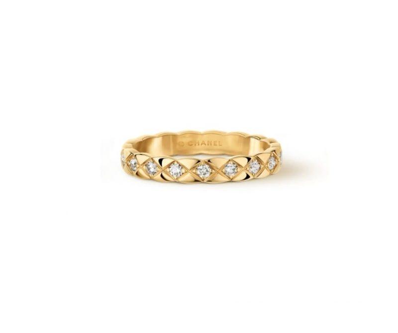 名牌線戒推介:18K黃金Coco Crush鑲嵌鑽石戒指 HKD25,100