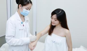 手臂粒粒、色素沉澱輕鬆KO!一招對抗「毛囊角化症」 美編實試 無痛去角質療程推薦 還原白滑肌!