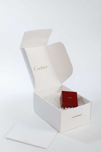 網購Cartier - 即日窩心送遞,14日內退換,尊貴禮物包裝