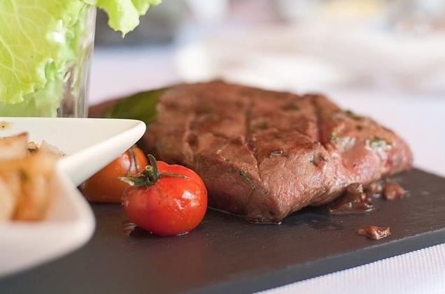 牛肉是高蛋白質食物