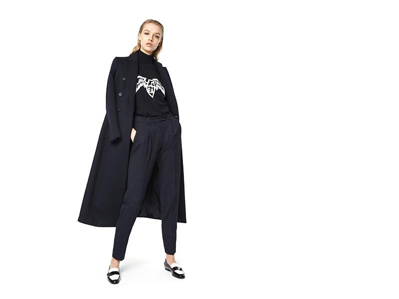 黑色長款大衣Emporio Armani圖案上衣黑色西褲