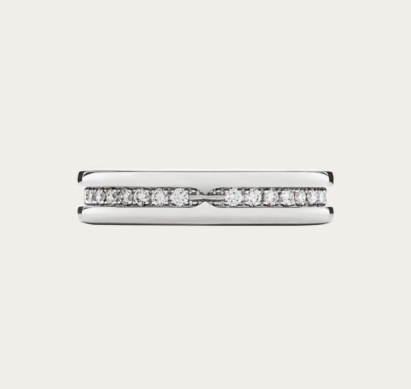 求婚戒指5大經典品牌推薦:Cartier、Tiffany & Co.、Bvlgari等鑽戒讓她秒say yes!