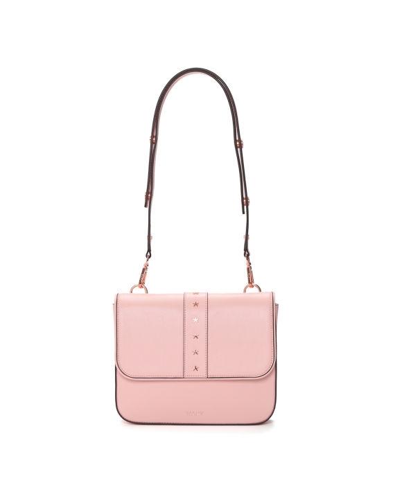 溫柔系女生日常穿搭提案+低至2折網購攻略!精選20款裸粉色系服飾、手袋、波鞋推介