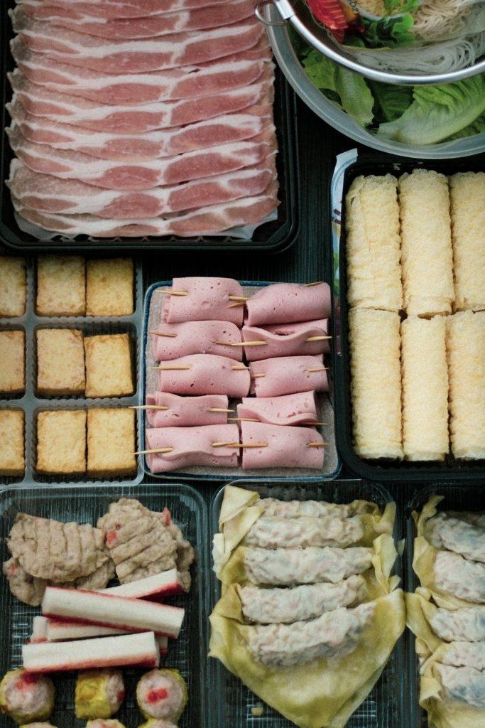 多菜少肉的火鍋進食法是減肥須知。 (圖片來源:Pexels)