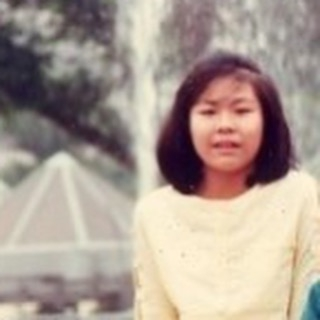花姐罕見童年照相當清秀,髮型無太大分別!圖片來源:花姐@IG