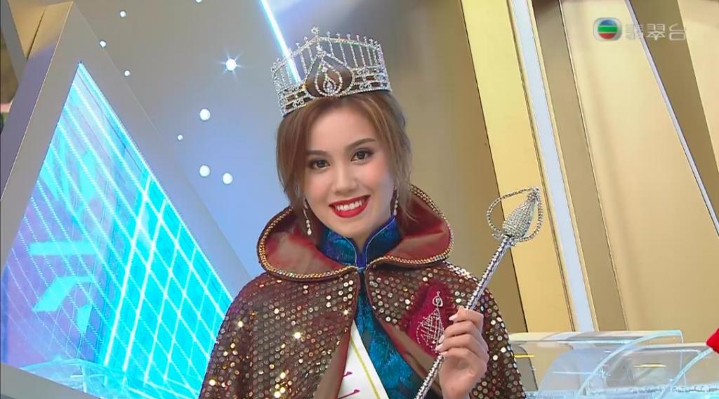 最靚混血港姐1. 宋宛穎 2021年香港小姐冠軍(圖片來源:TVB《2021香港小姐競選》截圖)