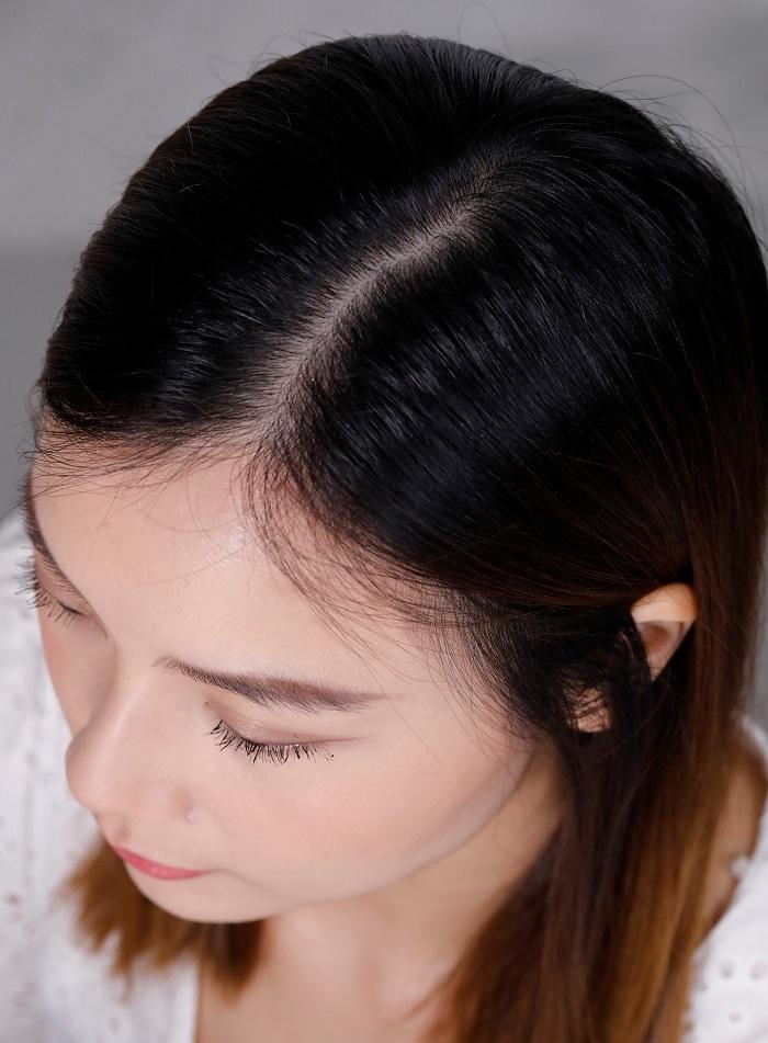 美編本身頭髮分界很明顯,而且每次洗髮或梳頭都會掉下大量頭髮。